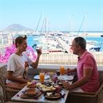 Bodrum Turgutreis Marina'daki Kahvaltı