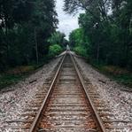 Tren Rayları Arasındaki Taşlar Ne İşe Yarar?