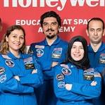Honeywell Uzay Akademisi'nde Sekiz Türk Öğretmen