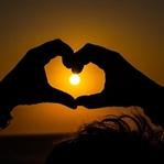 İkili İlişkilerde Mutlu Olmak İçin Aşk Yeterli Mi?