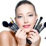 Kozmetik Ürünlerinin En Belirgin Yan Etkileri