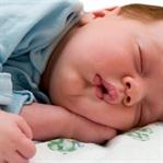 Bebeklere Uyku Eğitimi Nasıl Verilir?