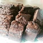 Şekersiz Pekmezli Kakaolu Kek