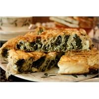 Ispanaklı- Cevizli Kol Böreği