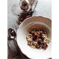 Hızlı Ve Sağlıklı Kahvaltı: Müsli