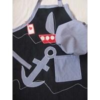 Bir Denizcinin Mutfak Önlügü Ve Ahçı Şapkası