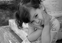 Sen De Ölme Şiirlerimde Küçük Kız