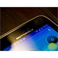 Moto X Phone Hepsini Ezip Geçmeye Geliyor