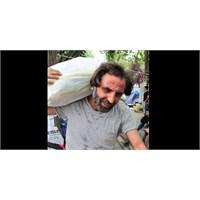 Memati (Gürkan Uydun) Gezi Parkında