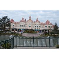 Haydi Disneyland'ı Gezelim