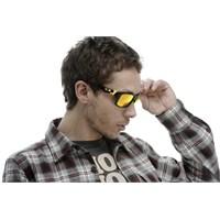 Oakley'den Valentino Rossi Serisi