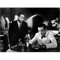 """Başka Dünyanın İnsanları """"Casablanca"""""""