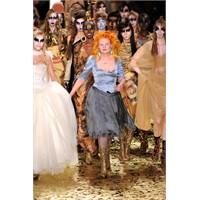 Vivienne Westwood Sonbahar 2011