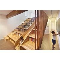 Orjinal Tasarımlı Merdiven Kitaplık