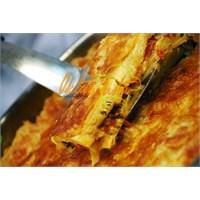 Sucuklu Peynirli Börek | Oktay Usta