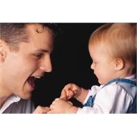 Bebek Bakımına Baba Da Dahil Edilmeli