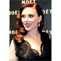 Bukalemun Gibi: Scarlett Johansson