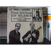 Simon & Garfunkel – The Sounds Of Silence