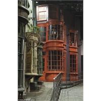 """""""Harry Potter Ve Warner Bros Stüdyosu"""" Pek Yakında"""