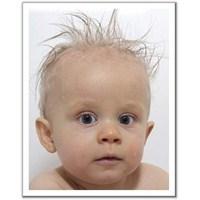 Bebeklerde Saç Ve Tırnak Bakımı
