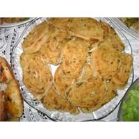 Patatesli Peynirli Rulo Börek