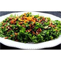 Nefis Maydanoz Salatası