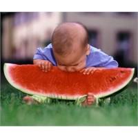 Çocukken Pikniklerde Yediğim Bir Dilim Karpuzun Ta