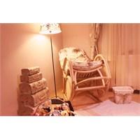 Bebek Odası: Organik Sallanan Sandalye Tasarımı…