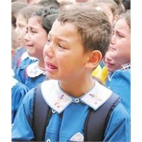 Okula Gitmek İstememe Ve Çözümü ( Okul Fobisi )