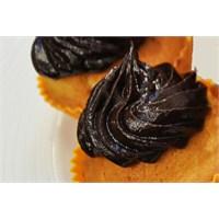 Çikolatalı Muffin Kek | Oktay Usta