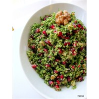 Narlı Brokoli Salatası