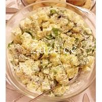 Sarımsak- Hardal Soslu Patates Salatası