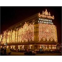 2014 Paris La Fayatte Vitrinleri Şenlendi..