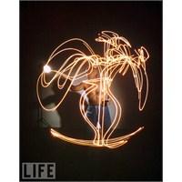 Işık Grafitisi Ve Picasso..