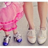 Minik Prenseslere Glitter Süslemeli Ayakkabı Yapın