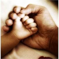 Anne Gezindiğin Bağ, Baba Yaslandığın Dağdır