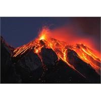 Patlayan Volkan Fotoğrafları
