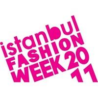 İstanbul Fashion Week'in Arka Yüzü