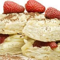 Çilekli Milfoy Pastası