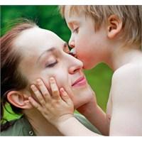 Anneye Sevginizi Göstermenin En Farklı Yolları
