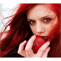 Kızıl Hangi Bayanların Rengi?