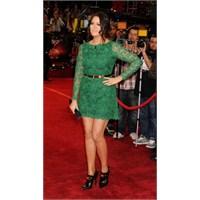 İbretlik Paylaşim: Khloe Kardashian
