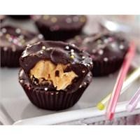Fıstık Ezmeli Çikolata Tatlısı Tarifi