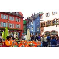 Arkamda Bir Orman, Önümde Şehir: Freiburg