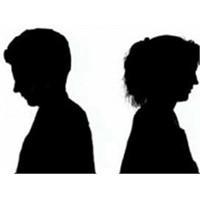 İki Yabancı