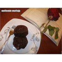 Tarçınlı - Cevizli Kakaolu Kek