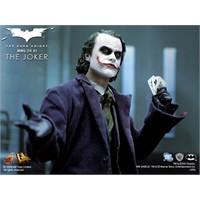Gerçekçi Dark Knight Joker Figürleri