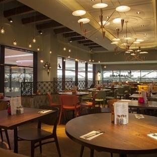 B3 Designers'dan Londra'da Las Iguanas Restaurant