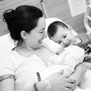 Bir Doğum Hikayesi; Yalın