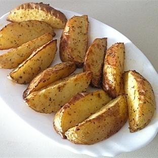 Fırında En Kolay Elma Dilim Patates Tarifi